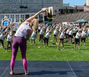 Kari Onak joga w jastrzębiu